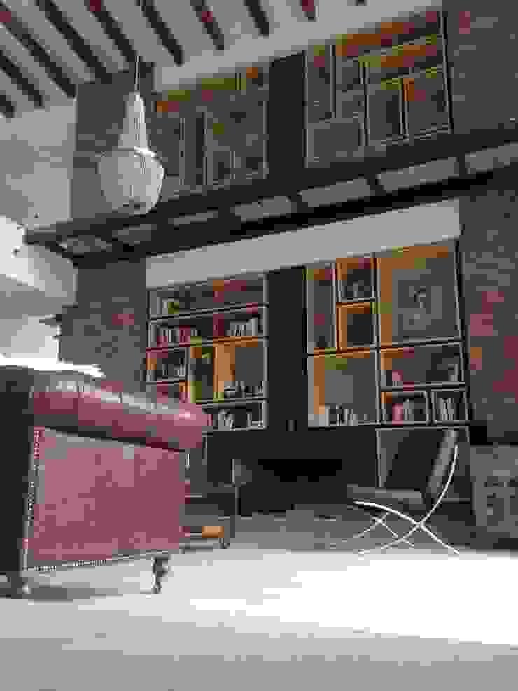 Biblioteca Salas modernas de Intrazzo Mobiliairo Moderno