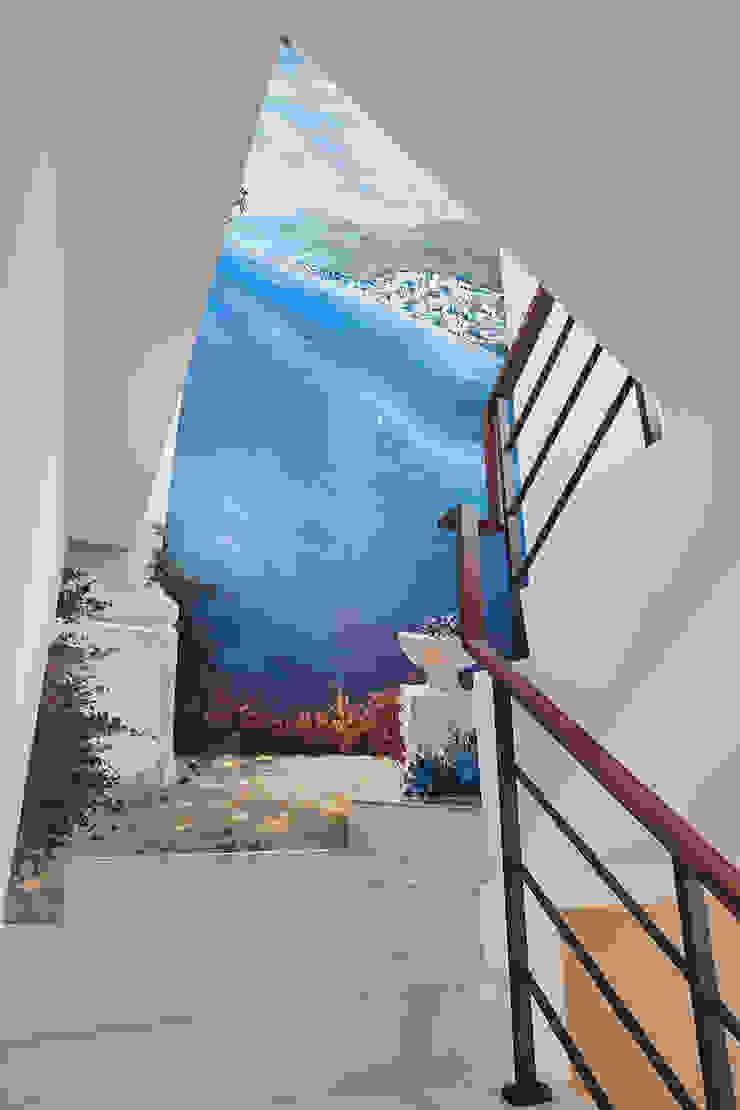 天藍海灣的樓梯迴廊-角落的旅遊 根據 趙玲室內設計 古典風