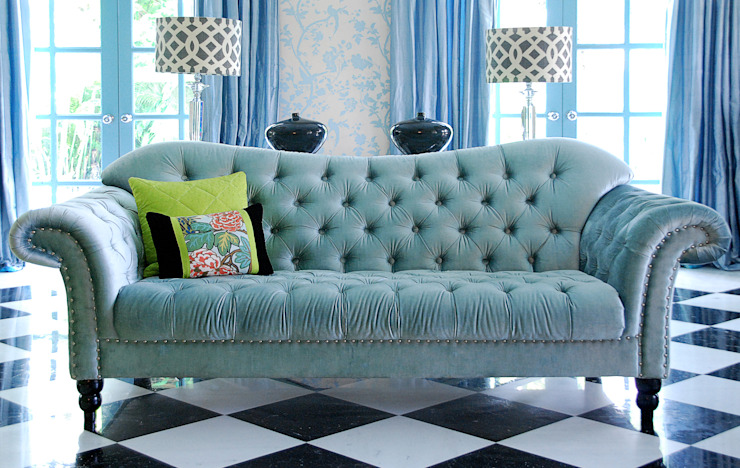 Sofa Design by Design Intervention Classic style living room by Design Intervention Classic