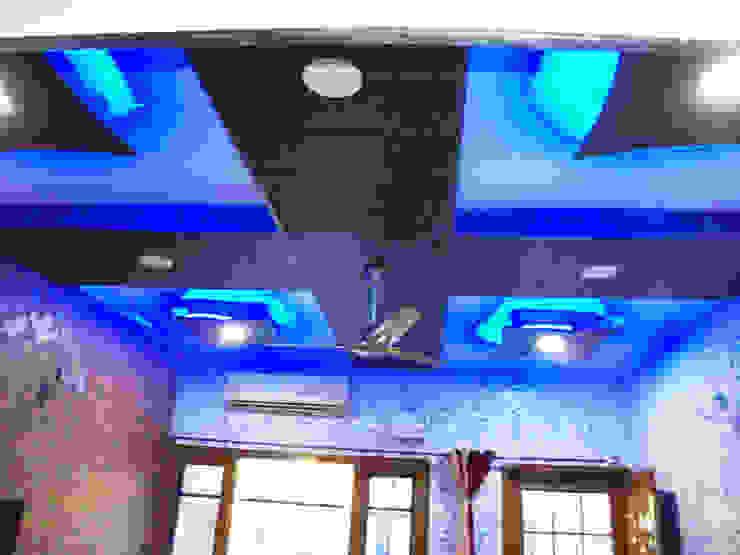 Moderne Wohnzimmer von Mohali Interiors Modern
