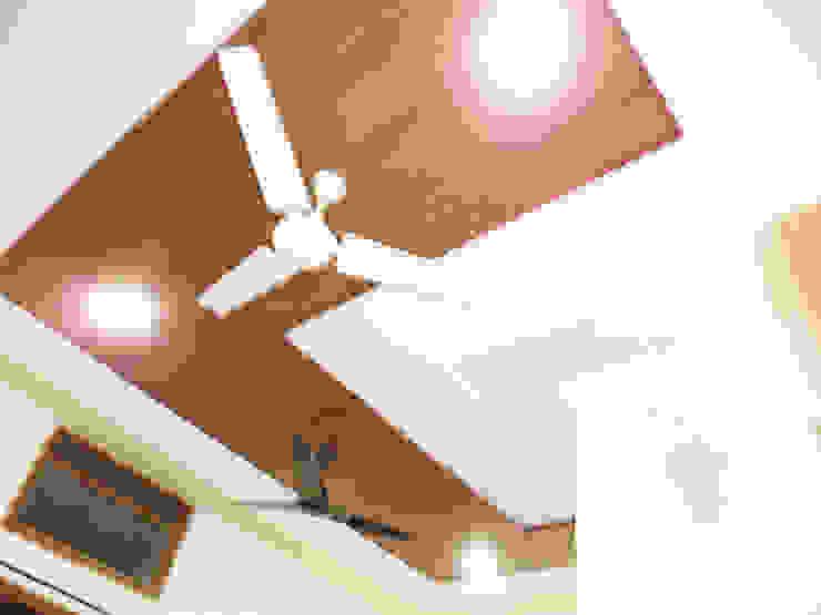 Moderne Küchen von Mohali Interiors Modern