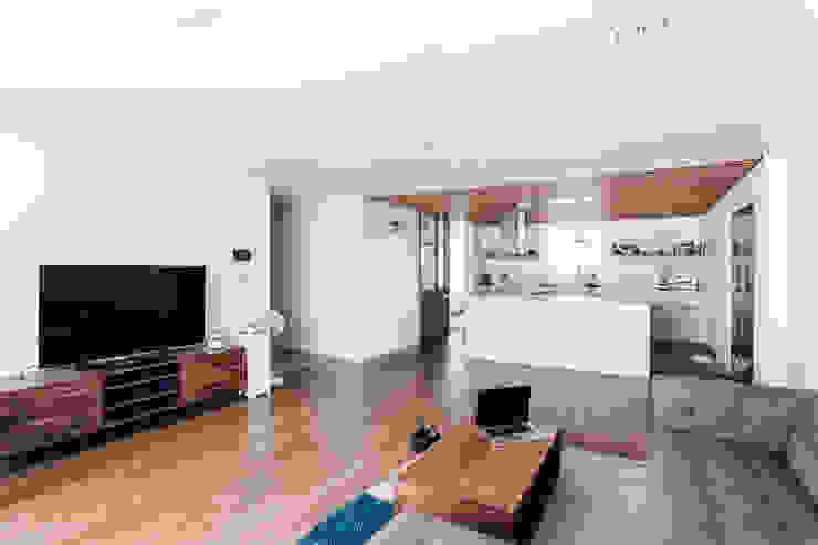 거실 모던스타일 거실 by FLIP (플립) 디자인 스튜디오 모던