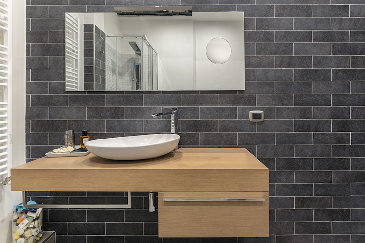 Industrial style bathroom by Facile Ristrutturare Industrial