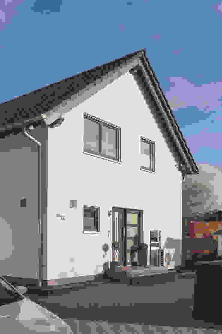FingerHaus GmbH - Bauunternehmen in Frankenberg (Eder) Modern Garden