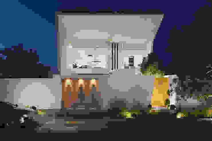 FACADE de Studio17-Arquitectura Minimalista