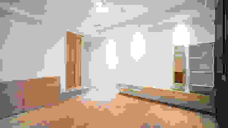老屋翻新 巷‧日閣 | 1F客廳 根據 有隅空間規劃所 日式風、東方風