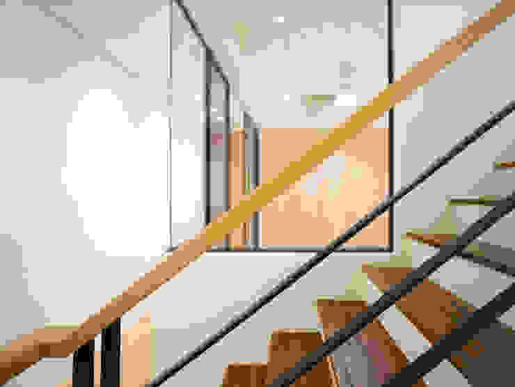 老屋翻新 巷‧日閣 | 2F開放式書房 根據 有隅空間規劃所 日式風、東方風