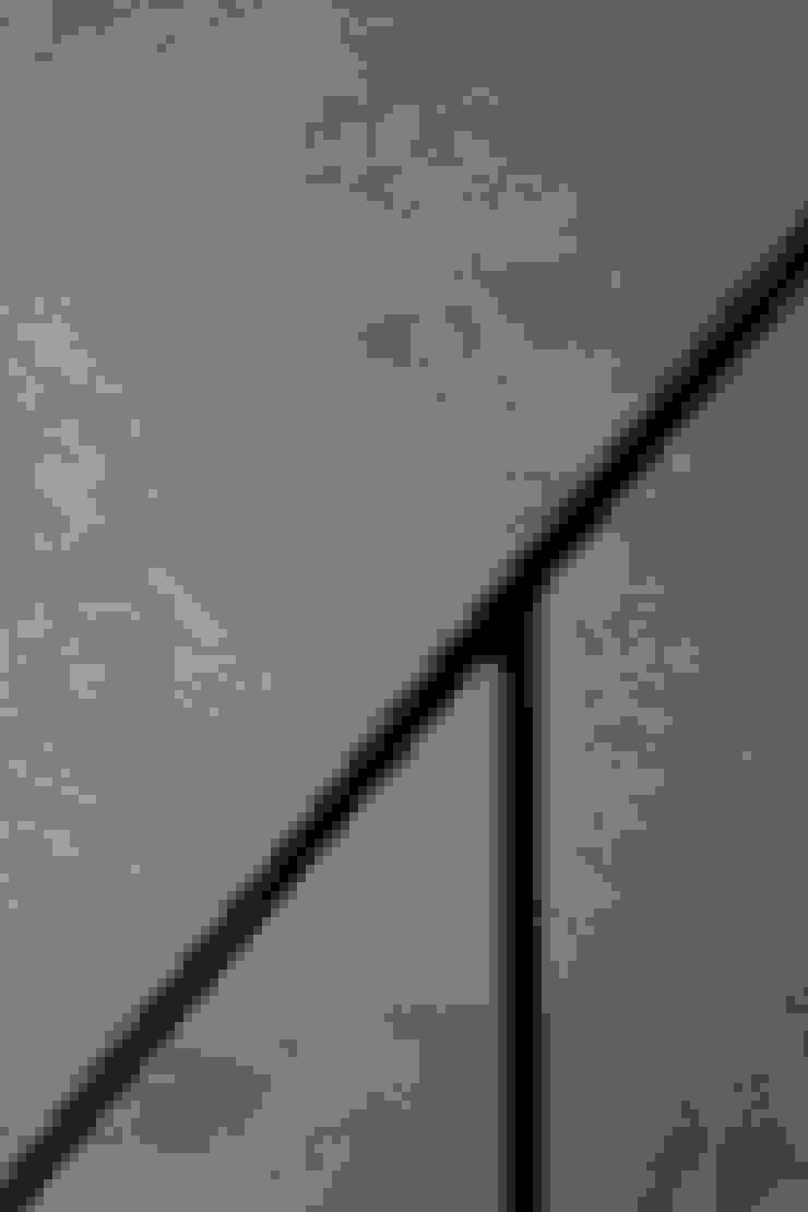 老屋翻新 巷‧日閣 | 3F 閣樓 by 有隅空間規劃所 Industrial