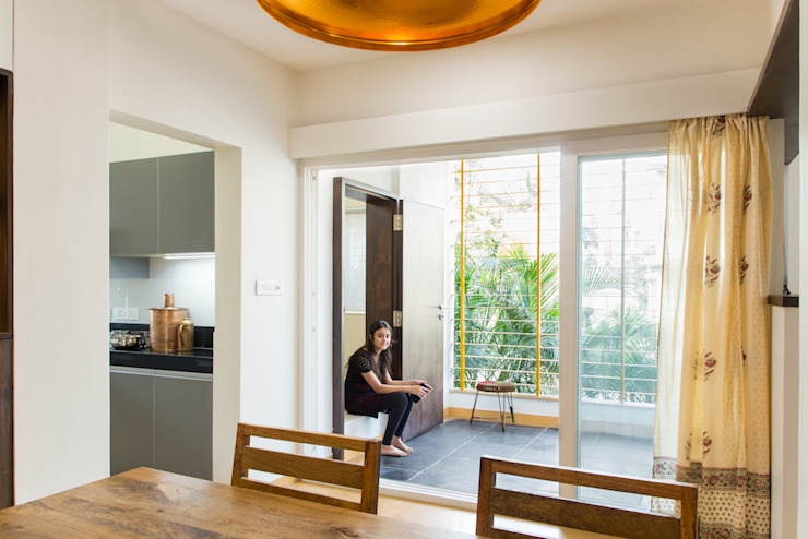 Terrace view from dining room Modern Terrace by M+P Architects Collaborative Modern