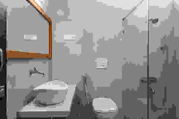 Bathroom Modern Bathroom by M+P Architects Collaborative Modern