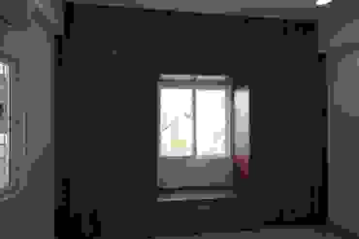 Bedroom - Wardrobe Rustic style bedroom by Enrich Interiors & Decors Rustic