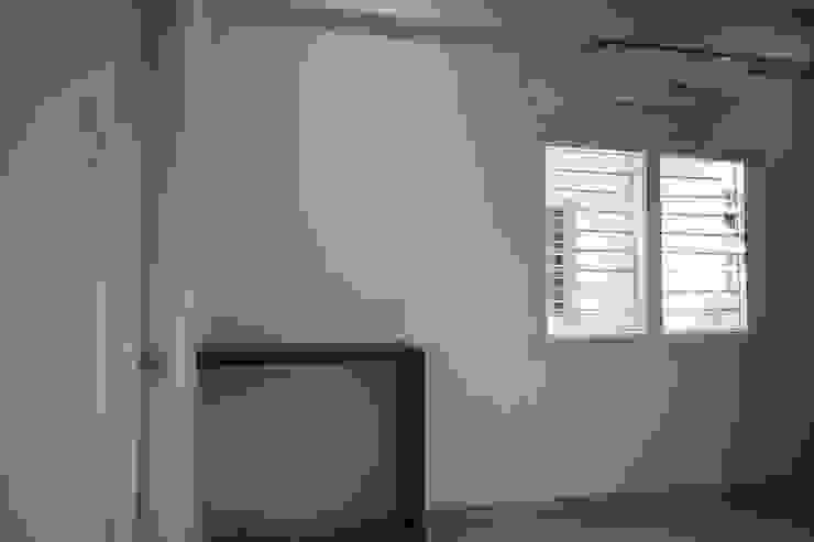 Masterbedroom - Study Desk Rustic style bedroom by Enrich Interiors & Decors Rustic