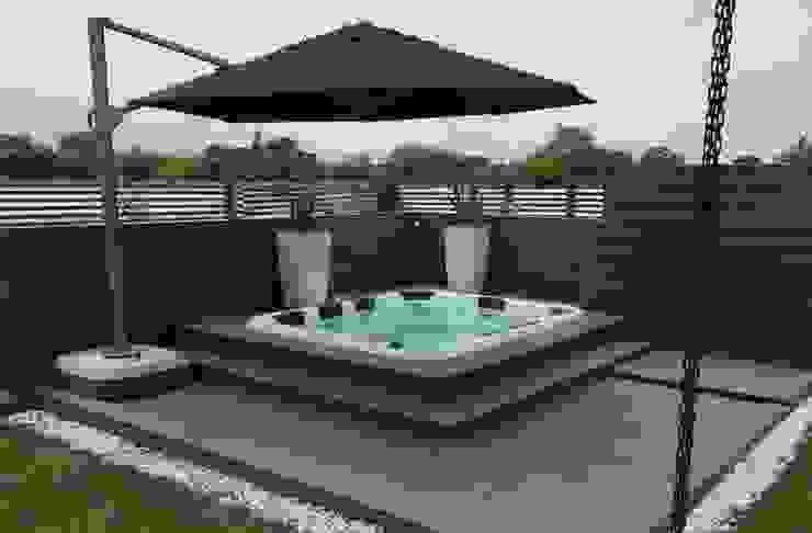 Deck para Jacuzzi de Madera Plástica Colombia Ecológica SAS Tropical