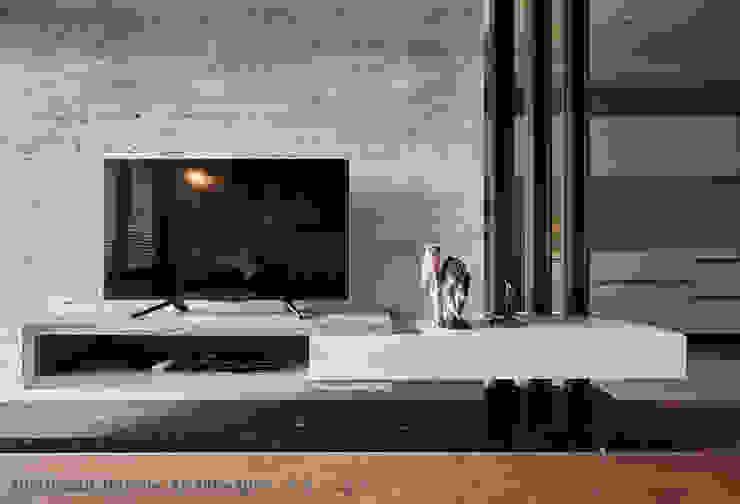 電視牆 Hi+Design/Interior.Architecture. 寰邑空間設計 牆面 大理石 Brown