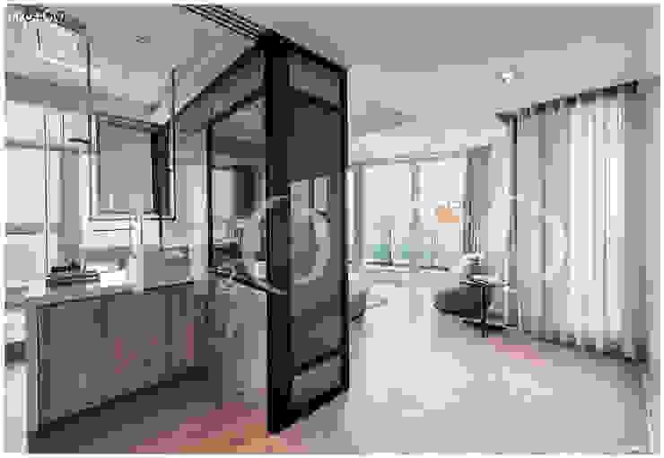 次臥室 現代浴室設計點子、靈感&圖片 根據 光合作用設計有限公司 現代風