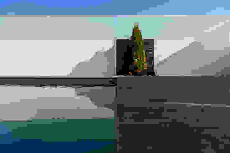 Piscinas Imperial Garden Pool