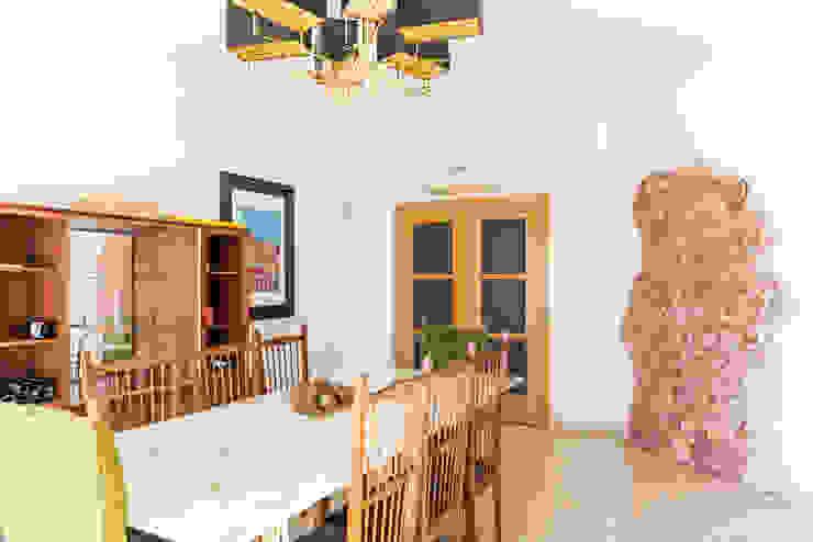 Moderne Esszimmer von HOUSE PHOTO Modern