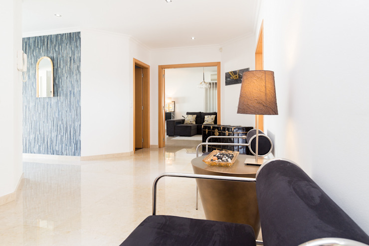 Moderner Flur, Diele & Treppenhaus von HOUSE PHOTO Modern