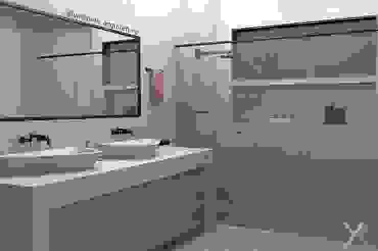 Banheiro Casal YasminK Arquitetura Banheiros minimalistas Mármore Branco