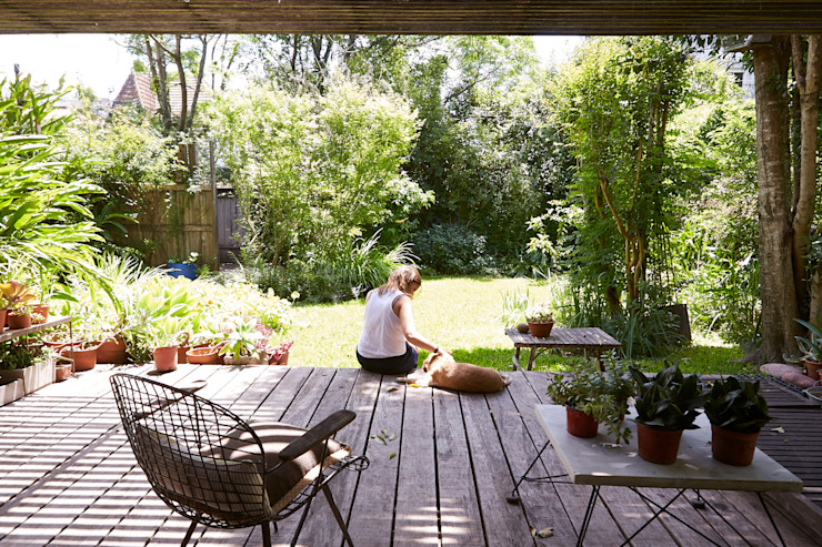 CASA OLIVOS: Jardines de estilo  por STICOTTI,Minimalista