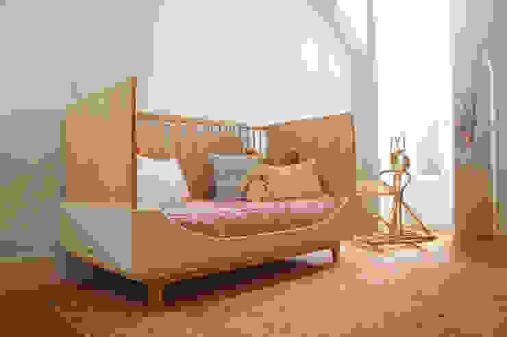 Dormitorios infantiles  de estilo  por Vanda Boavida