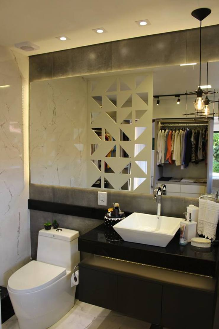 Reforma de residência em Ijuí-RS Cláudia Legonde Banheiros modernos