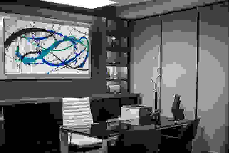 Oficina Directiva. Después de Soma & Croma Moderno