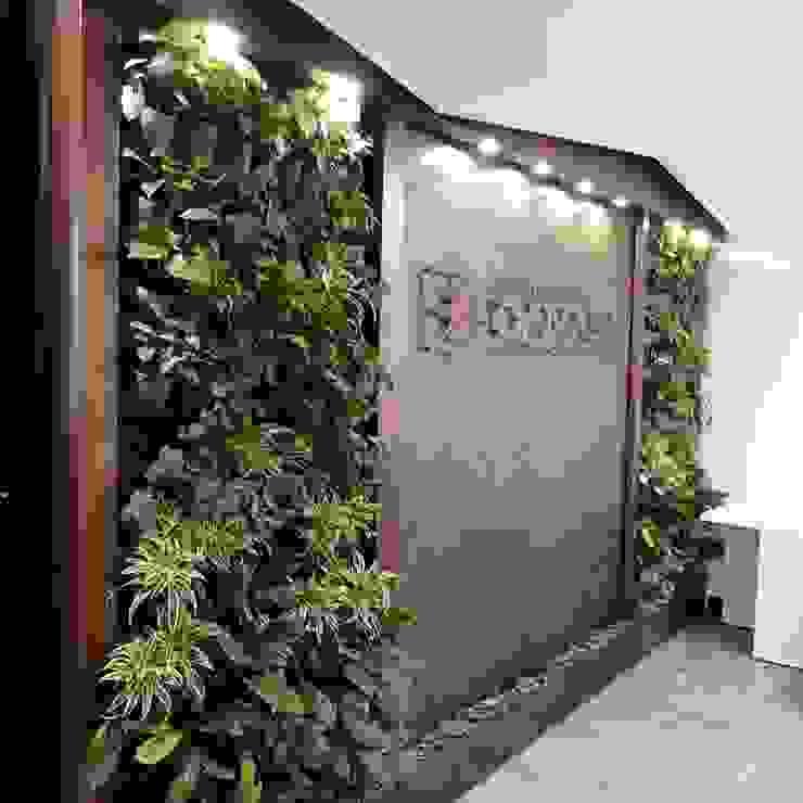 AWA FUENTES Office spaces & stores Batu