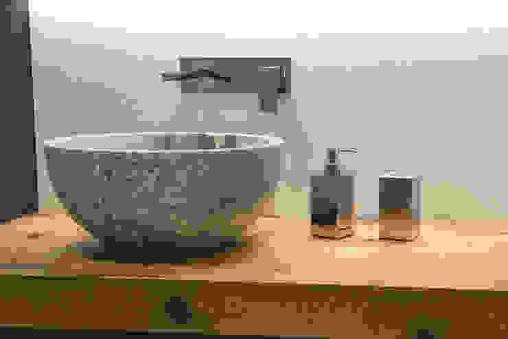 Idearredobagno.it Salle de bain minimaliste Cuivre / Bronze / Laiton Métallisé / Argent