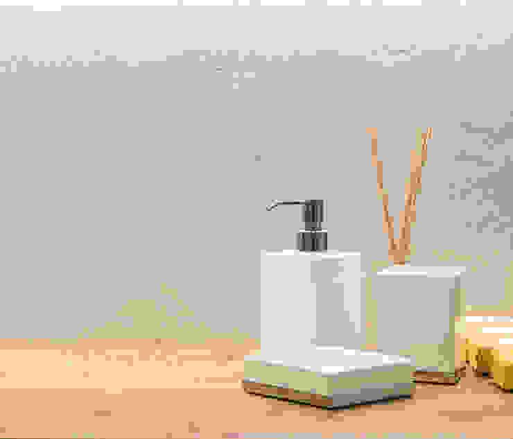 Casas de banho modernas por Idearredobagno.it Moderno Cerâmica