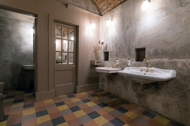 Il bagno: tra colori ed eleganza Idearredobagno.it Bagno in stile classico Rame / Bronzo / Ottone Ambra/Oro