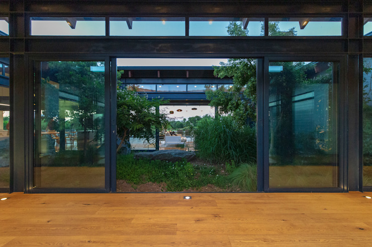 Jardines de invierno modernos de Hugo Hamity Architects Moderno