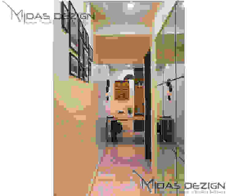 3BHK @ ALTA MONTE MALAD EAST Midas Dezign Asian style corridor, hallway & stairs