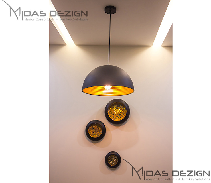 3BHK @ ALTA MONTE MALAD EAST Asian style dining room by Midas Dezign Asian
