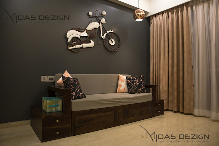 3BHK @ ALTA MONTE MALAD EAST Asian style bedroom by Midas Dezign Asian