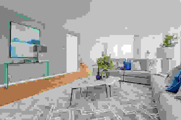 Project Minimal Clean Apartment - Lisbon LojaQuerido by Ana Antunes Salas de estar modernas