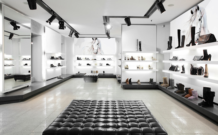Papel tapiz personalizado en tienda de zapatos. Paredes y pisos de estilo minimalista de Kromart Wallcoverings - Papel Tapiz Personalizado Minimalista
