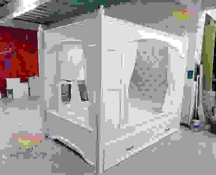 Elegante y distinguida cama nido con dosel de camas y literas infantiles kids world Moderno Derivados de madera Transparente