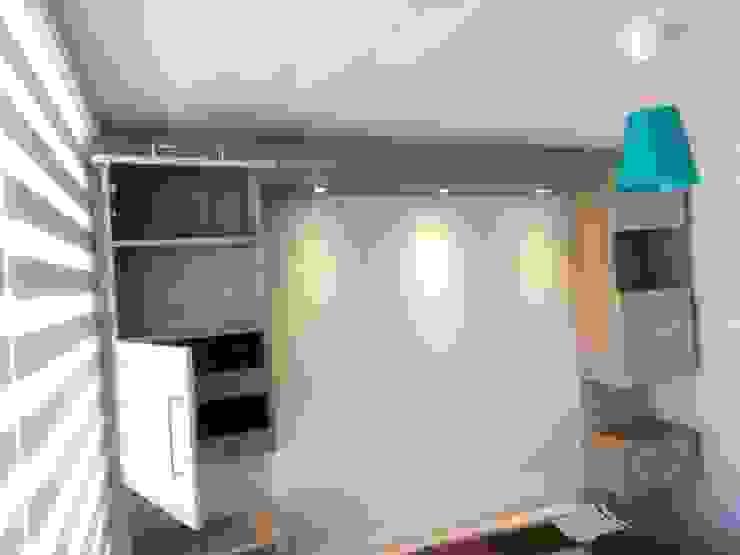 Mueble estantería volátil con luz Dormitorios de estilo minimalista de Muebles y vinilos Minimalista Aglomerado