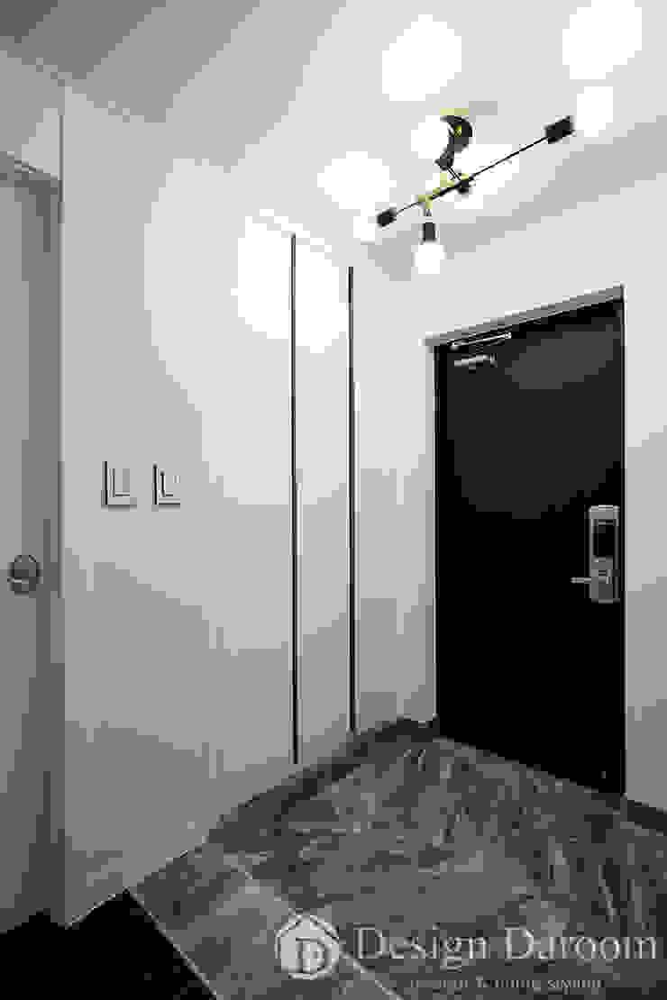 잠실 우성아파트 43py 현관 모던스타일 복도, 현관 & 계단 by Design Daroom 디자인다룸 모던