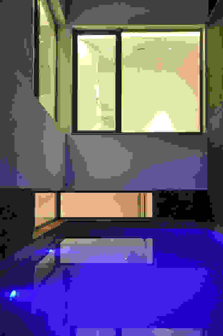 AGi architects arquitectos y diseñadores en Madrid สระในสวน Blue