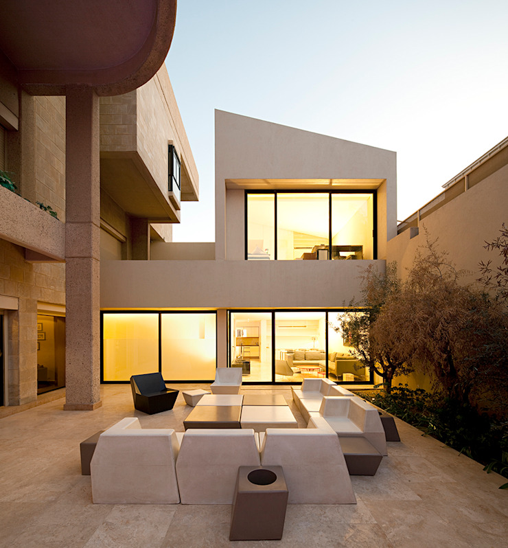 の AGi architects arquitectos y diseñadores en Madrid ミニマル コンクリート