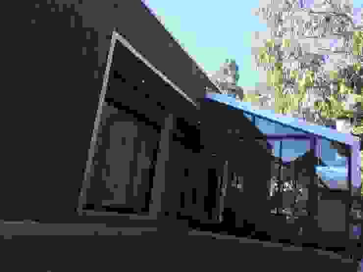 Fachadas Casas estilo moderno: ideas, arquitectura e imágenes de corner Moderno