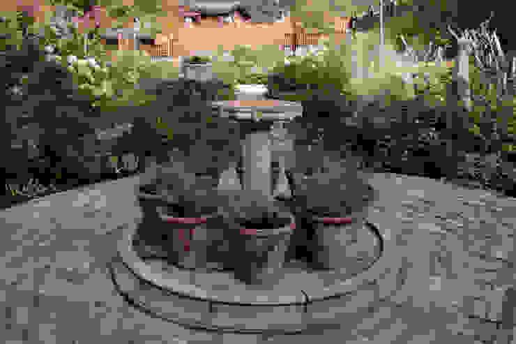 Барвиха 01 Сад в классическом стиле от ООО GeoGraffiti Классический