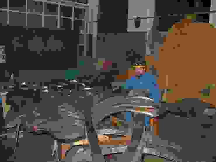 Classic conference centres by Производственная фирма 'Живая Сталь' Classic Iron/Steel