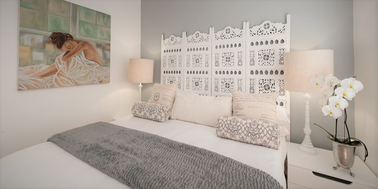 Guest Bedroom Eclectic style bedroom by Overberg Interiors Eclectic