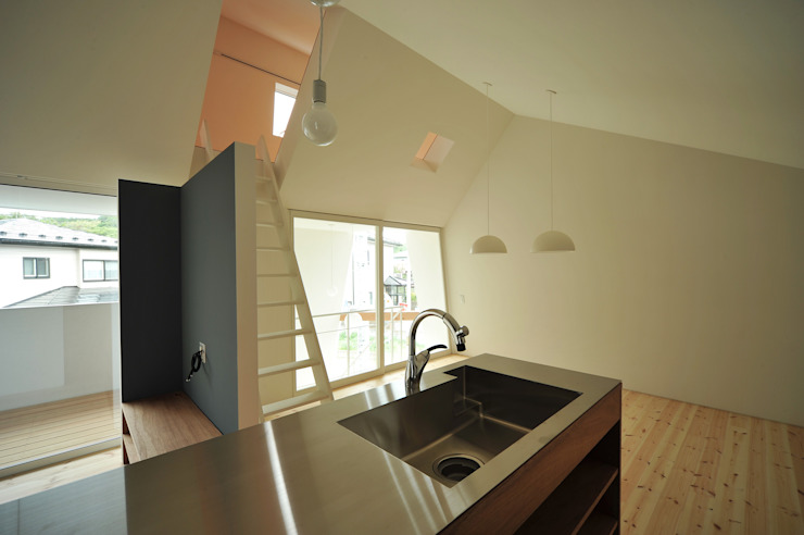 Takeru Shoji Architects.Co.,Ltd Eclectic style kitchen