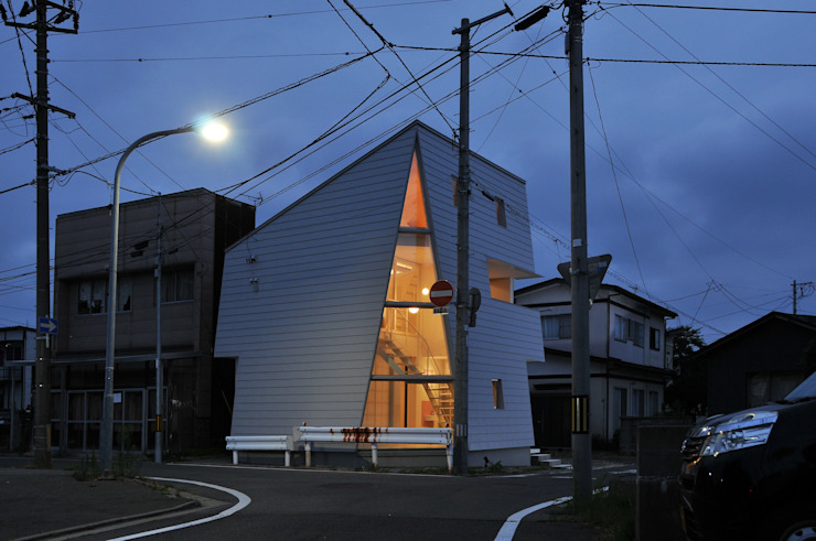 Takeru Shoji Architects.Co.,Ltd Eclectic style houses