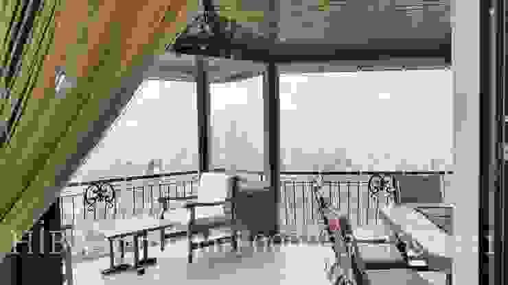 Hiba iç mimarik Balkon, Beranda & Teras Klasik