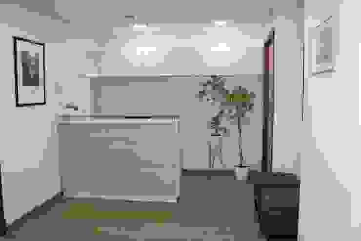 DESPUES RECEPCION de Estudio Arquitectura y construccion PR/ Arquitectura, Construccion y Diseño de interiores / Santiago, Rancagua y Viña del mar Moderno